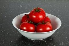 Kom met tomaten Royalty-vrije Stock Fotografie