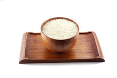 Kom rijst op houten dienblad Stock Fotografie