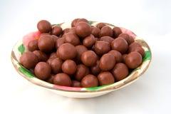 Kom van chocoladesuikergoed Stock Afbeelding