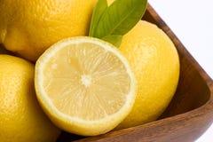 Kom van citroenen. Royalty-vrije Stock Foto