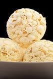 Kom van popcornballen royalty-vrije stock afbeelding