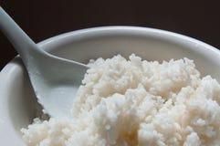 Kom van witte rijstclose-up royalty-vrije stock foto
