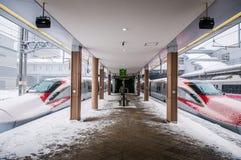 Komachi超级明确Shinkansen在秋田驻地的冬天, Jap 免版税库存图片