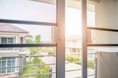 Komar sieci druciany ekran na domowej nadokiennej ochronie zdjęcia stock