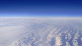 Komarnica nad chmurami zdjęcie wideo