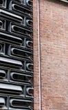 Kombination des Gussaluminiumfassadeneinheitssystems in gelegentlichem modularem plattiertem innerhalb des Glasgeb?udes mit mater lizenzfreie stockbilder