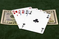Kombinationen av fem kort ligger med räkningen för dollar femtio Royaltyfria Foton