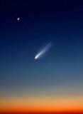 Komet i natthimmel Arkivbilder