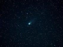 Kometa 21P i nocne niebo gwiazd Auriga gwiazdozbiór zdjęcia royalty free