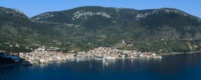Komiza, eiland Vis - Kroatië stock foto's