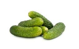 Komkommer op witte achtergrond Stock Afbeeldingen