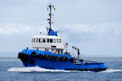 kommande bogserbåt c1 royaltyfri bild