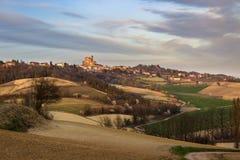 kommande fjäder Monferrato kullar, Piedmont, Italien arkivfoton