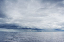 kommande storm Arkivfoton