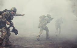 Kommandosoldater för Förenta staternaarmé i handling Royaltyfria Foton