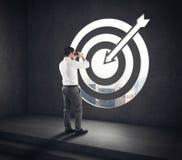 Kommen Sie zu einem Ziel des Erfolgs Erfolgreiche Vision des Geschäftsmannes Wiedergabe 3d Stockbild