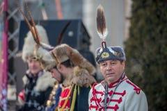 Kommendörkapten som bär den gamla bulgariska militära likformign med den befjädrade hatten Fotografering för Bildbyråer