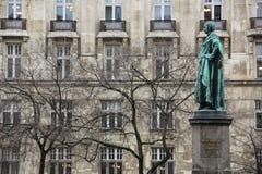 Kommendörkaptenstaty i Budapest Arkivbild