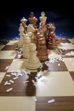 Kommendes Schachbrett des Schachs Stockfotos