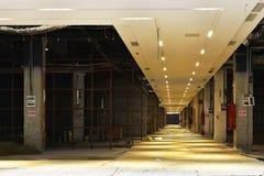 Kommersiell byggnad är under konstruktion Fotografering för Bildbyråer