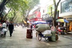 Kommersiell fot- gata för Shenzhen xixiang, i porslin Royaltyfri Bild