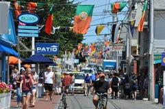 Kommersiell gata i Provincetown, Cape Cod i Massachusetts Fotografering för Bildbyråer