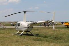 Kommersiell helikopter Arkivbild