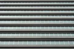 Kommersiella byggnadsfönster Arkivbild