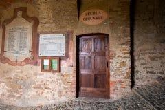 Kommunal skola på Italien arkivfoto