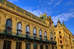 Kommunalt hus, gamla byggnader, gammal stad, Prague, Tjeckien Fotografering för Bildbyråer