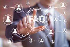 Kommunikation för rengöringsduk för anslutning för symbol för affärsknappFAQ Arkivfoton
