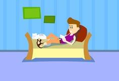 Kommunikations-Haus-Innenraum zufälliges des Mann-Lügen-Couch-Griff-Zellintelligentes Telefon-plaudernder Rest-Sozialen Netzes lizenzfreie abbildung