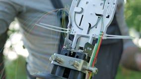 Kommunikationsingenieur stellt Systeme wieder her lizenzfreies stockbild