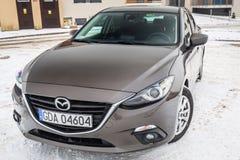 Kompakt bil Mazda 3 Royaltyfri Fotografi
