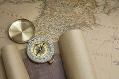 Kompas en Kaart Royalty-vrije Stock Afbeeldingen