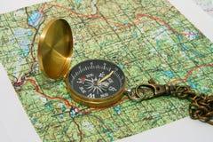 Kompas en kaarten Royalty-vrije Stock Foto