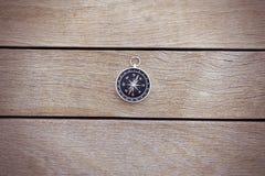 Kompas na drewnie Zdjęcie Stock