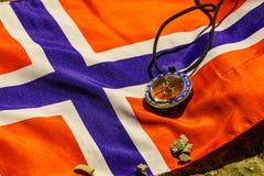 Kompas na norweg fladze obrazy royalty free