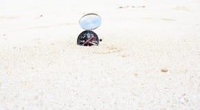 Kompas na piasku Obrazy Stock