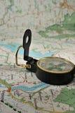 Kompas op de gedetailleerde kaart Stock Afbeelding