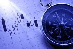 Kompas op een bedrijfsgrafiek royalty-vrije stock foto's