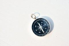 Kompas op een witte achtergrond Royalty-vrije Stock Foto