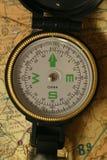 Kompas op Kaart Stock Afbeelding