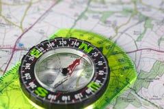 Kompas op kaart Royalty-vrije Stock Fotografie
