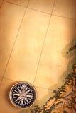 Kompas op oude kaart Royalty-vrije Stock Fotografie