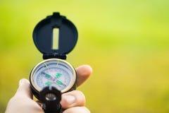 Kompas w ręce Obrazy Stock