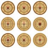 Kompass en uppsättning av realistisk passare metall för symbol för green för huvuddelmittkompass stock illustrationer