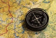 Kompass och översikt Royaltyfri Bild