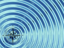 Kompasset (vind steg), i vattnet Arkivfoton