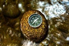 kompassrock royaltyfri fotografi